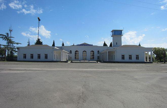 Скоро наладят пассажирское авиасообщение между РФ и Абхазией